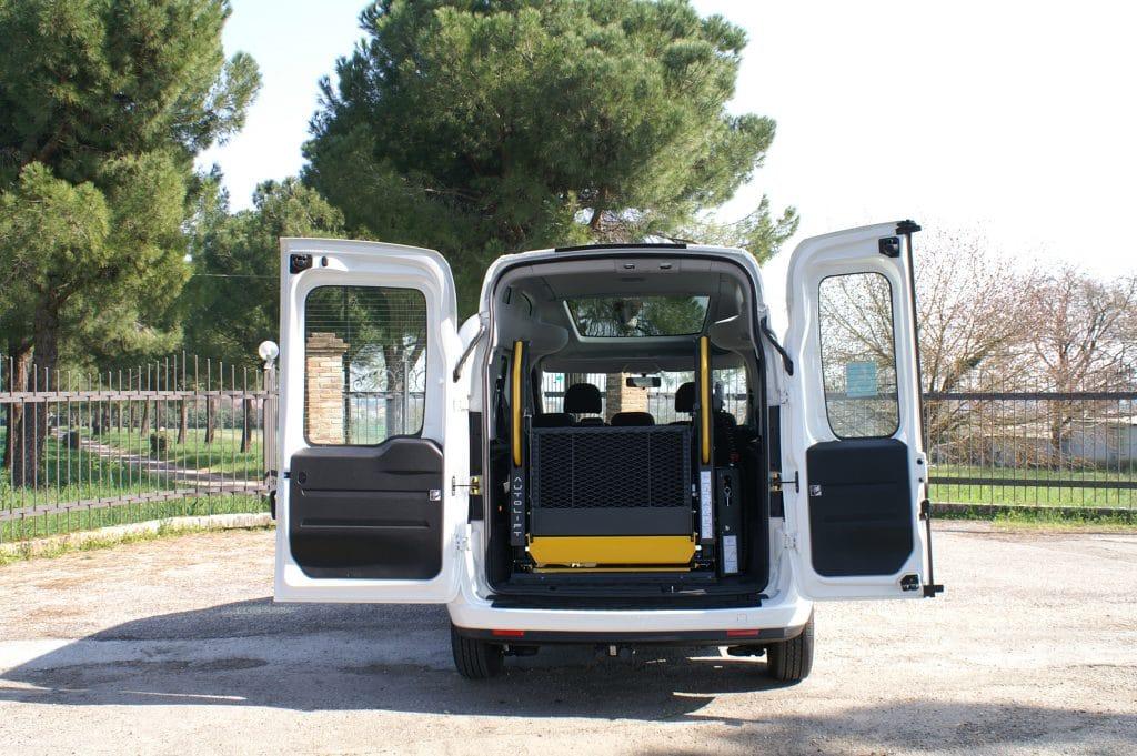 retro Doblò con pedana bibraccio mobile allestito EDM