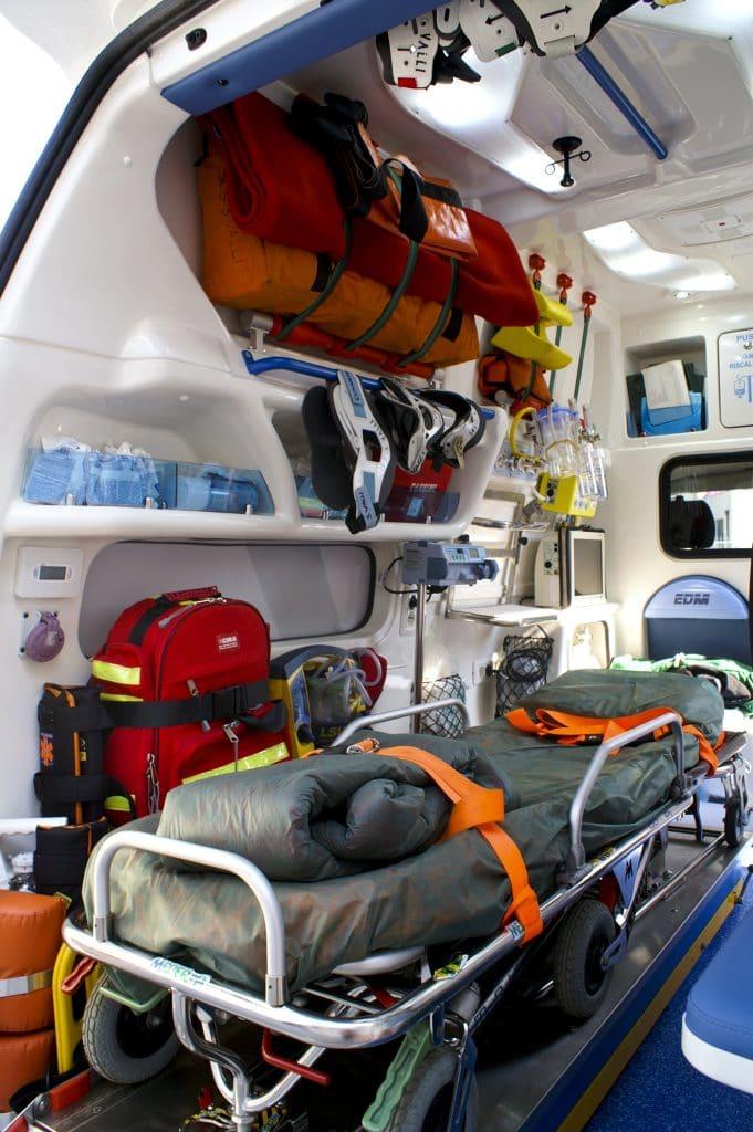 3 Ambulanza EDM Volkswagen T6 AidComfort