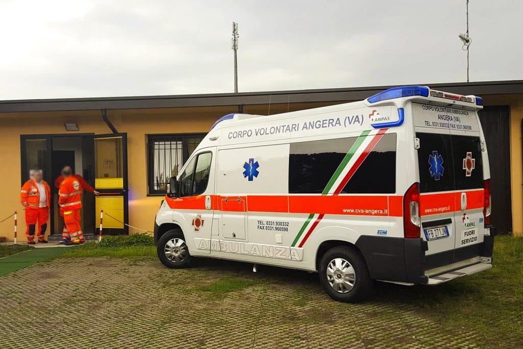 4 Fiat Ducato EDM Ambulanza: gli esterni