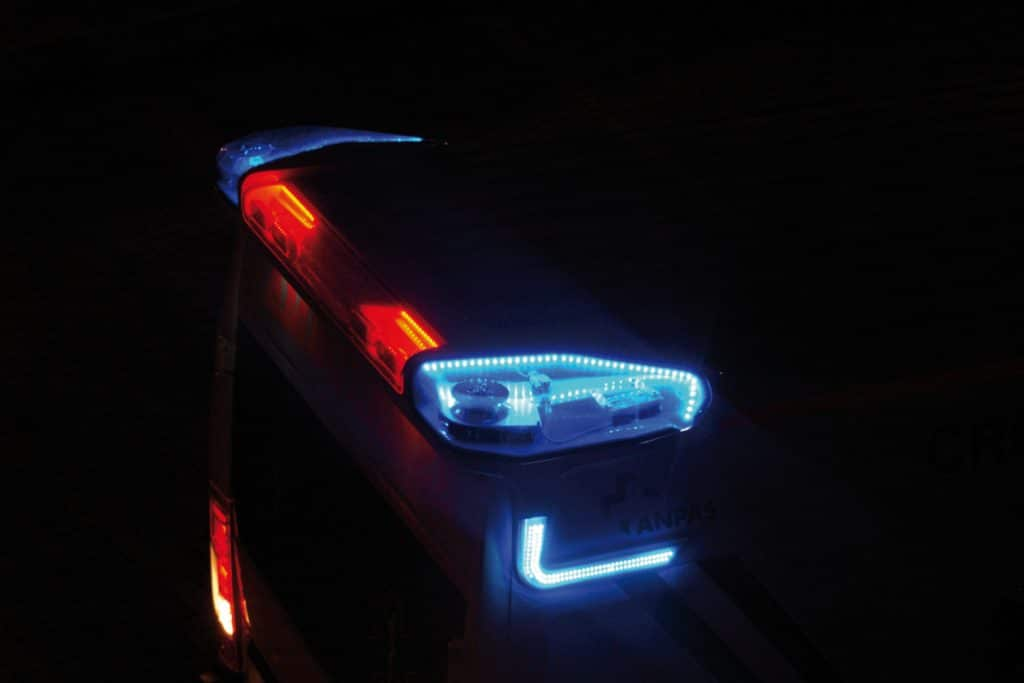 9 Spoiler notturno Fiat Ducato EDM Ambulanza: gli esterni